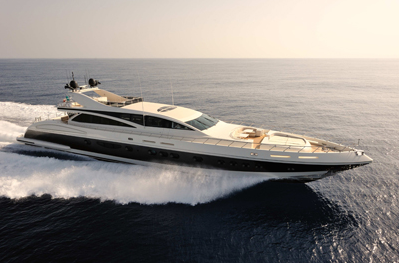 Our Charter Experts Onboard 141′ Italyachts MAKIRA: Perfect Island